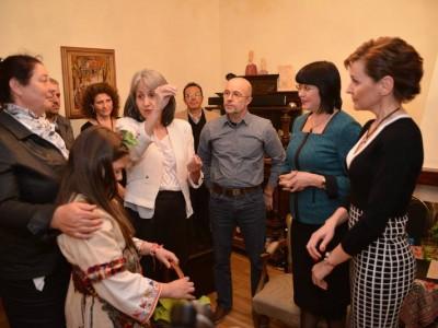 Баничан превзе по чорапи президентството