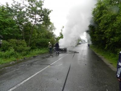 Ауди изгоря при катастрофа