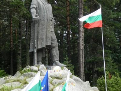 Българи и македонци за първи път на общ събор за Илинден на Попови ливади