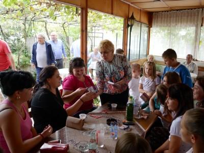 Повече от 500 жени се прегледаха срещу рак на гърдата в oбщина Гоце Делчев по инициатива на Николина Чакърдъкова