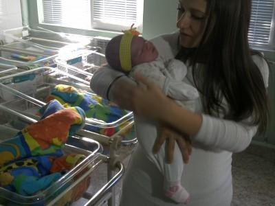 Момиченце е първото бебе на Гоце Делчев за 2015 г.