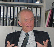 Бертрам Ролман получи федерален кръст за заслуги