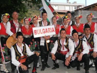 Неврокопският ансамбъл ще участва в карнавала в Хористи до Драма