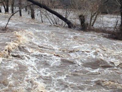Кризиснo високи са водите на река Места край Гоце Делчев