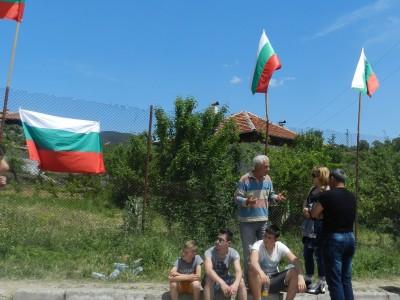 Министър Бъчварова пак дойде в района заради напрежението в Гърмен