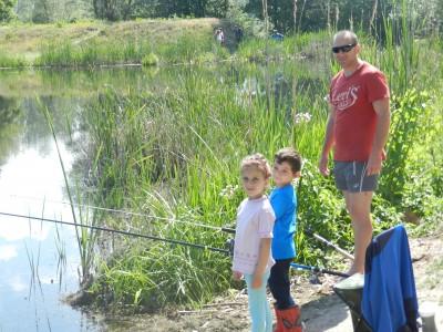 Откриха риболовния сезон край Места