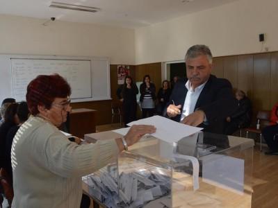 Владимир Москов отново е кмет на Гоце Делчев с убедителна победа и в града, и в селата на общината