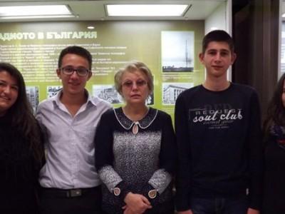 """Учениците на ПМГ отново заеха първите места в Националния конкурс """"Космосът – настояще и бъдеще на човечеството"""""""