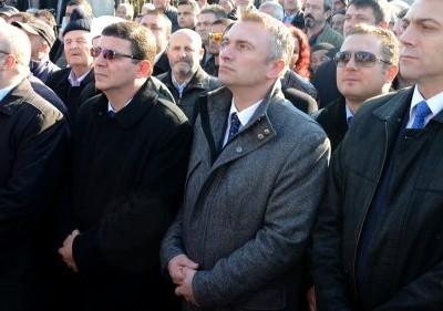 Рушен Риза, Четин Казак и Мустафа Карадайъ пристигат на Кортулуш Байрам в село Брезница