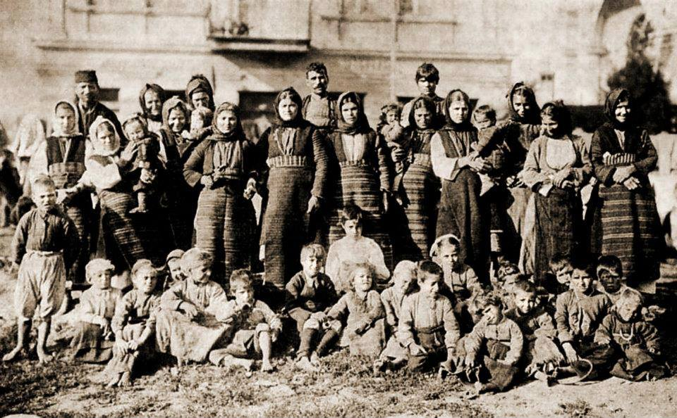 БЕЖАНЦИ 1913