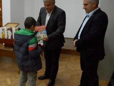 Десет деца са настанени в приемни семейства в Гоце Делчев