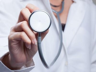 Лекари от Александровска болница преглеждат безплатно възрастни хора в община Сатовча до петък