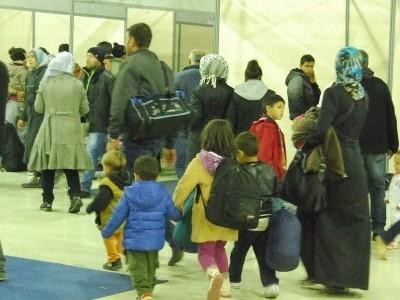 450 бежанци пътуват от Кавала към гръцко-македонската граница, Идомени пак е затворен