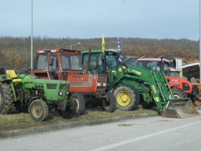 Преминаването през ГКПП Илинден – Ексохи засега е нормално, гръцките трактори не са изтеглени от границата