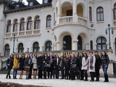 Ученици от Гоце Делчев гостуваха с историческа находка в двореца Врана на Симеон Кобурготтски
