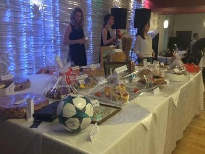 На благотворителен търг за петмесечната Ива от Банско, в Гоце Делчев бяха събрани 9640, 90 лв
