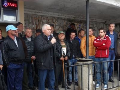 125 тона тютюн стои неизкупен в Сатовчанско, Булгартабак е обиден, други две фирми не си изпълняват договорите