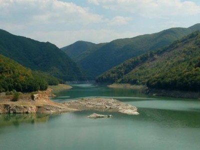 България оставя златото си да изтича или отново за една стара идея за язовир на Места