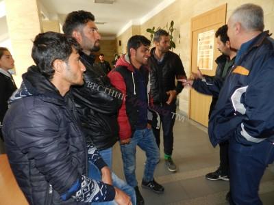 Заловиха 19 иракчани преминали нелегално границата край село Теплен