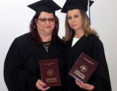 Управителят на болницата в Гоце Делчев вече е и магистър по здравен мениджмънт