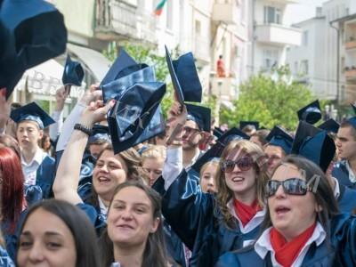 Три гимназии от Гоцеделчевско са с много добър резултат от матурите, най-слаб е резултатът на СОУ – Гърмен