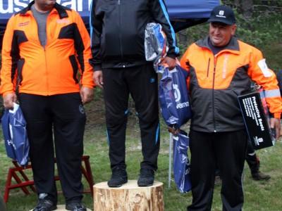 Дървосекачът от Сатовча Кристиян Литов и негов колега от Самоков са на второ място в страната
