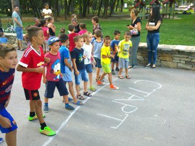 """В състезанието """"Татко, мама и аз"""" в Гоце Делчев се включиха само децата"""