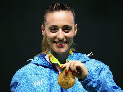 Цяла Драма ликува със златото и бронза на олимпийската шампионка Анна Коракакис