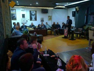 Евродепутатът Момчил Неков се срещна с млади хора от Гоце Делчев
