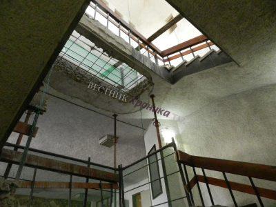Вътрешен панорамен асансьор ще ползват гражданите при посещения в сградата на общинската администрация на Гоце Делчев