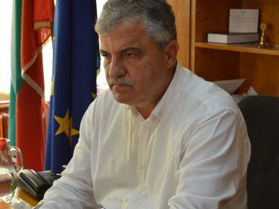 Кметът на Гоце Делчев получи награда за спорт и младежки политики в церемонията Кмет на годината