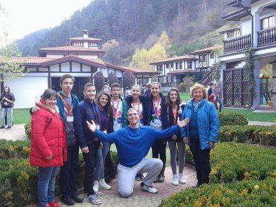 Осем момчета и момичета от гр. Хаджидимово се представиха отлично в национално състезание по английски език