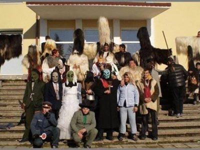 В село Садово в неделя пристигат кукери