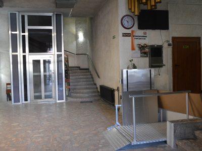 Асансьор за удобство на гражданите монтираха в сградата на кметството на Гоце Делчев