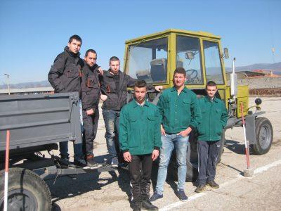 """Тримата най-добри от ПГ по МСС """"Пейо Кр. Яворов"""" в град Гоце Делчев отиват на регионално състезание """"Млад фермер"""" в Чепеларе"""