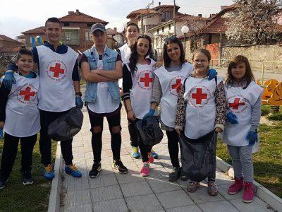 Млади доброволци от Огняново се погрижиха да бъде селото им чисто