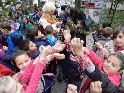 Баба Марта закичи деца и възрастни в Гоце Делчев