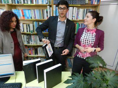 Компанията, в която работи синът на Николина Чакърдъкова, направи четвърто дарение на книги за родния му град