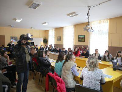 Срещи на експерти от Областния информационен център с ученици от Хаджидимово, Гоце Делчев, Сатовча и други селища по поречието на Места