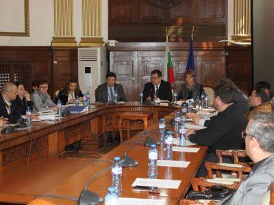 Министър Бозуков: Искаме справедливо разпределение на помощта за тютюнопроизводителите