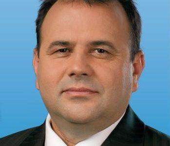 """Уволнен е директорът на """"ДЛС Дикчан"""" – с. Сатовча инж. Пламен Поюков"""