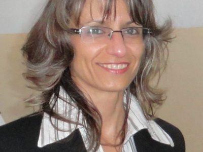 Цветанка Петричкова: На всеки, който се е докоснал до книгата и училището, желая здраве, стремеж към още знания и уважение към труда на  българските учители!