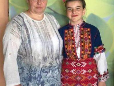 """Любимката на неврокопската публика Дани Георгиева ще пее в детския """"Пирин фолк"""""""