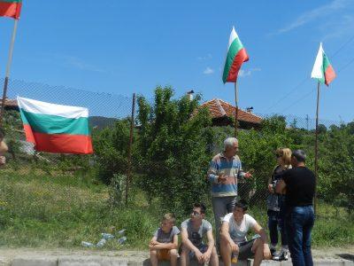 Областният управител Валери Сарандев разреши провеждане на референдум в Марчево, във връзка с незаконните ромски къщи