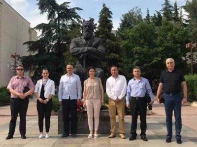 Областният лидер на БСП Валери Сарандев категорично се обяви срещу вътрешните противоречия в редиците на социалистите
