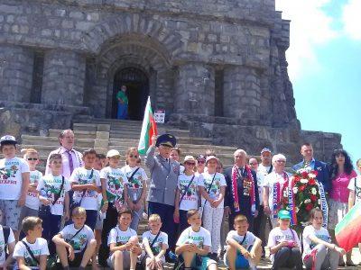 Четвъртокласници от Трето ОУ в Гоце Делчев посетиха  едни от най-забележителните български градове и културно-исторически обекти