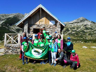Офроуд пътешествиe и туристически преход на млади планинари из Корнишкия циркус в Пирин