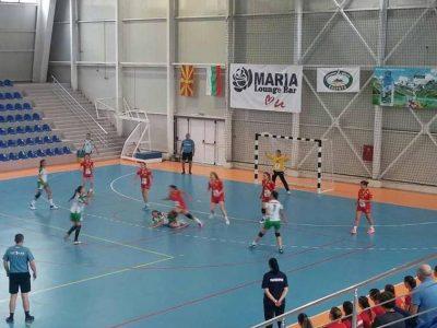 Две победи за българските хандбалистки срещу връстничките им от Македония