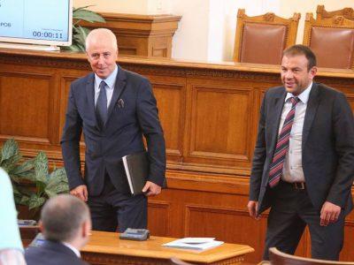 Депутатите Богдан Боцев и Николай Бошкилов настояват за откриване на център за спешна помощ в Белица