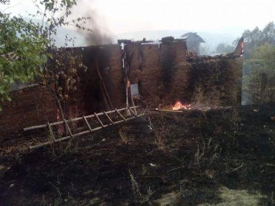 Жителите на Стара Кресна, Ощава и Влахи, пострадали от големия пожар, имат нужда от помощ